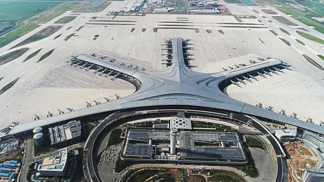 """匠造一流东北亚国际枢纽机场!汇盈娱乐平台注册""""筑""""力青岛胶东国际机场成功试飞"""